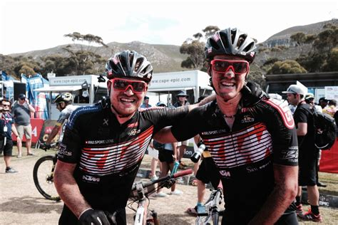 Equipo KTM Pro Team en la Top-ten de etapa en la Cape Epic ...